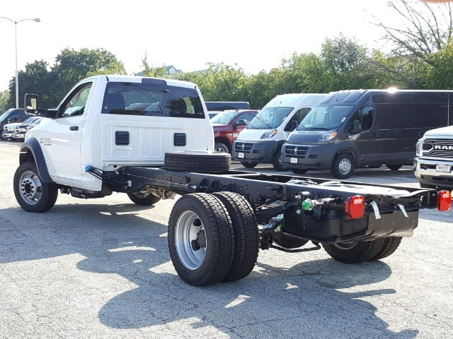 2017 Ram 5500 Regular Cab DRW Cab Chassis #617318 - photo 4