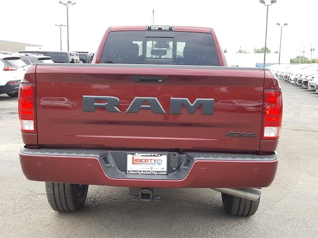 2017 Ram 3500 Crew Cab 4x4, Pickup #617322 - photo 8