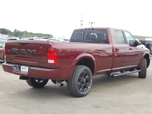 2017 Ram 3500 Crew Cab 4x4, Pickup #617322 - photo 2