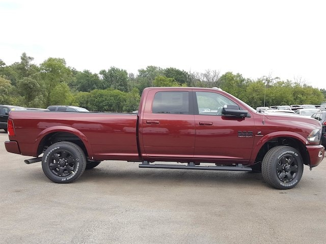 2017 Ram 3500 Crew Cab 4x4, Pickup #617322 - photo 5
