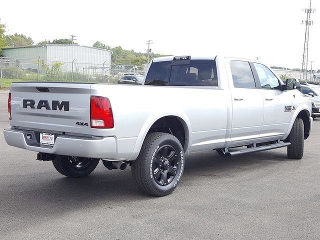 2017 Ram 3500 Crew Cab 4x4, Pickup #617340 - photo 2