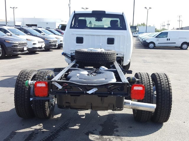 2017 Ram 5500 Regular Cab DRW 4x4 Cab Chassis #617345 - photo 5