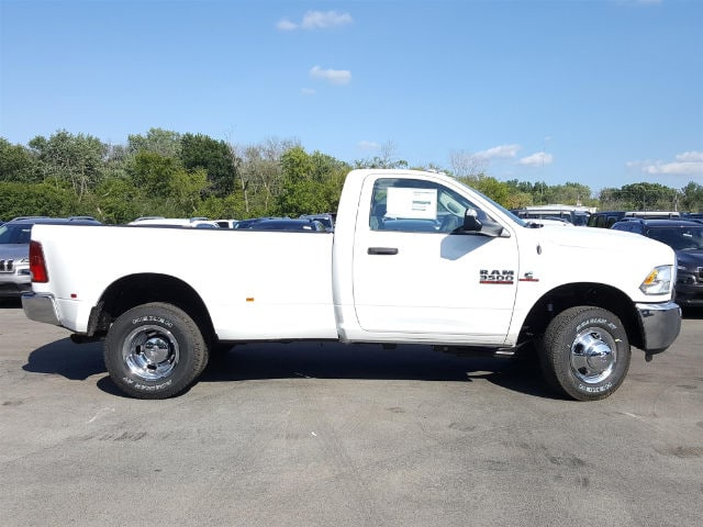 2017 Ram 3500 Regular Cab DRW 4x4, Pickup #617346 - photo 6