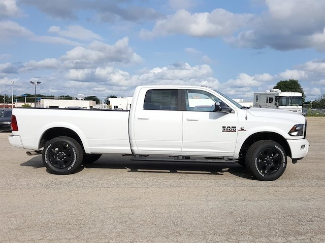 2017 Ram 3500 Crew Cab 4x4, Pickup #617347 - photo 5