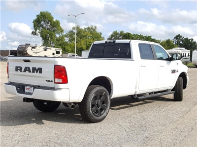 2017 Ram 3500 Crew Cab 4x4, Pickup #617347 - photo 2