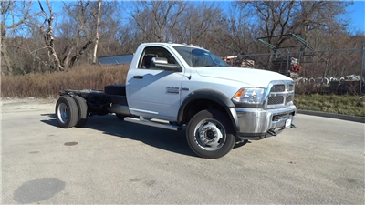 2018 Ram 4500 Regular Cab DRW, Cab Chassis #618079 - photo 3