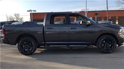 2018 Ram 1500 Crew Cab 4x4, Pickup #618092 - photo 23