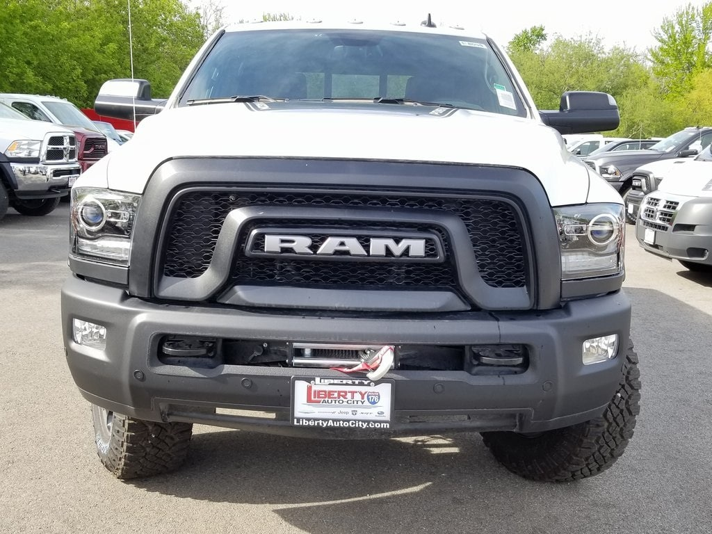 2018 Ram 2500 Crew Cab 4x4, Pickup #618096 - photo 3