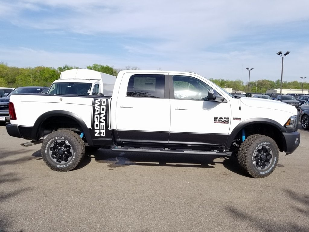 2018 Ram 2500 Crew Cab 4x4, Pickup #618096 - photo 8
