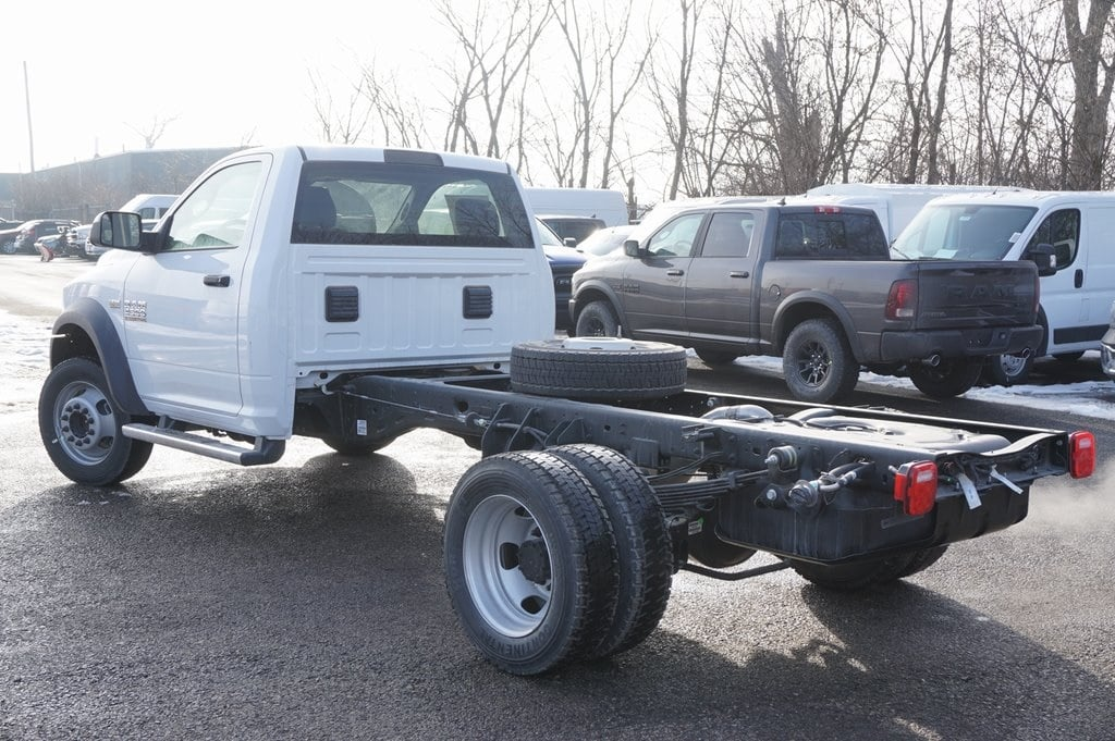 2018 Ram 4500 Regular Cab DRW Cab Chassis #618137 - photo 5