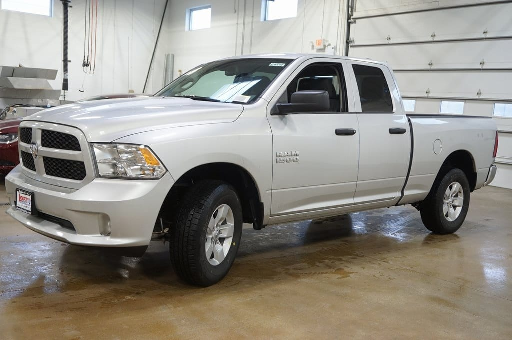 2018 Ram 1500 Quad Cab 4x4,  Pickup #618147 - photo 4
