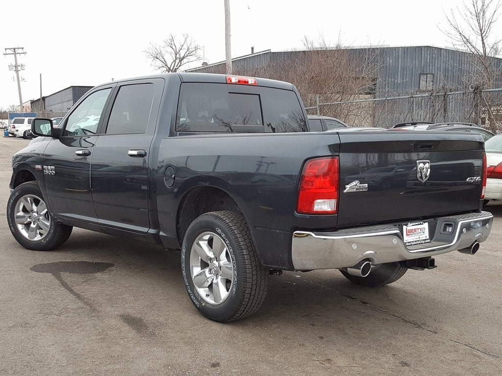 2018 Ram 1500 Crew Cab 4x4, Pickup #618152 - photo 5