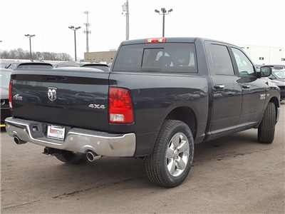 2018 Ram 1500 Crew Cab 4x4, Pickup #618152 - photo 2
