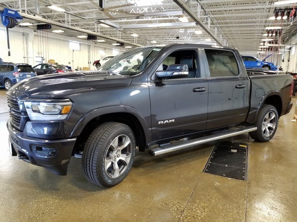 2019 Ram 1500 Crew Cab 4x4,  Pickup #619025 - photo 4