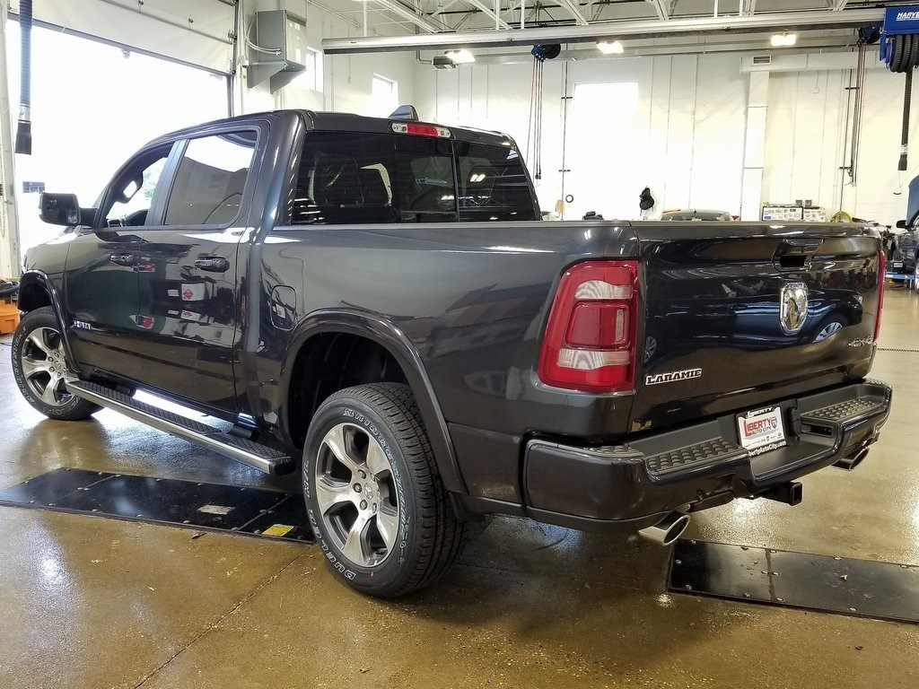 2019 Ram 1500 Crew Cab 4x4,  Pickup #619025 - photo 5