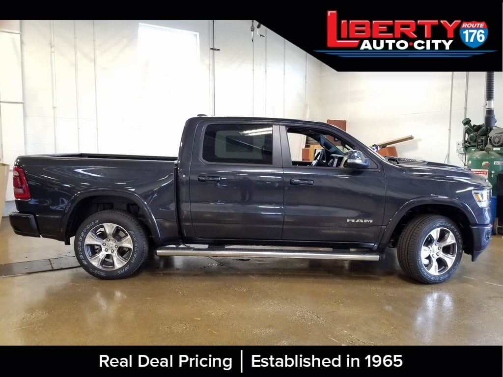 2019 Ram 1500 Crew Cab 4x4,  Pickup #619025 - photo 8