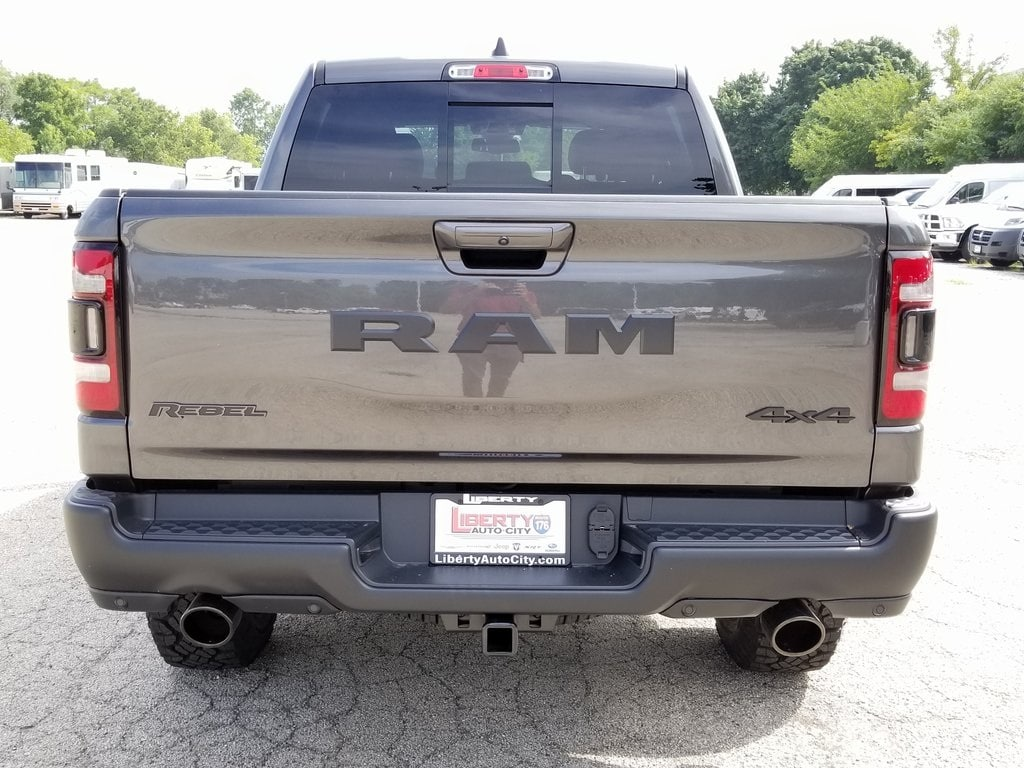 2019 Ram 1500 Crew Cab 4x4,  Pickup #619030 - photo 6