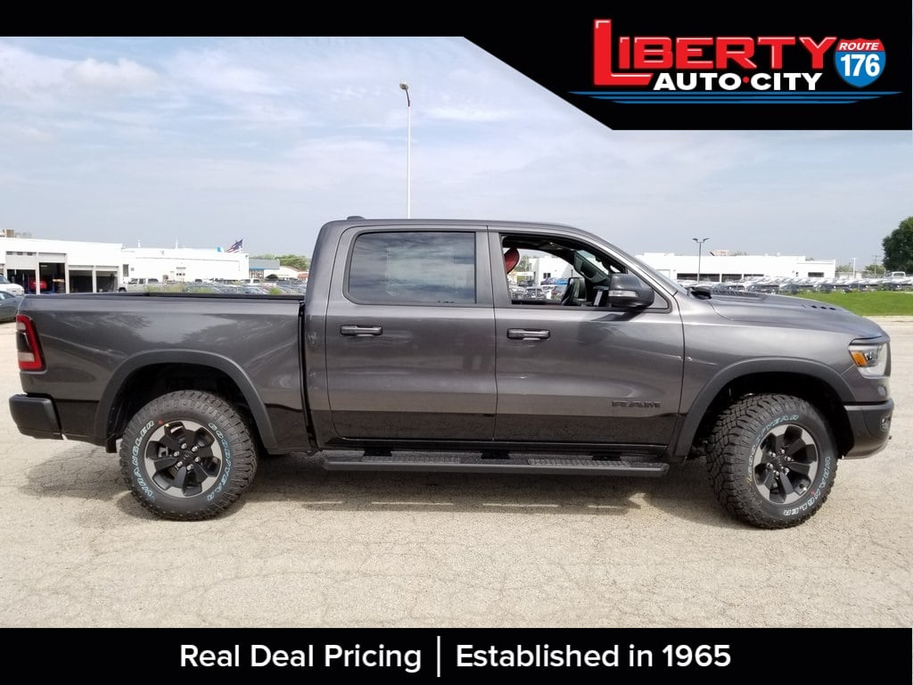 2019 Ram 1500 Crew Cab 4x4,  Pickup #619030 - photo 8