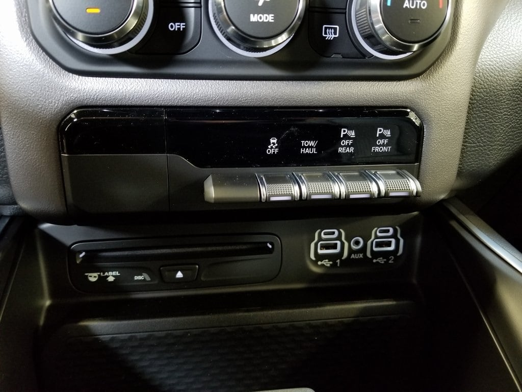 2019 Ram 1500 Crew Cab 4x4,  Pickup #619034 - photo 22