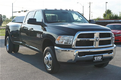 2018 Ram 3500 Crew Cab DRW 4x4 Pickup #C80120 - photo 5