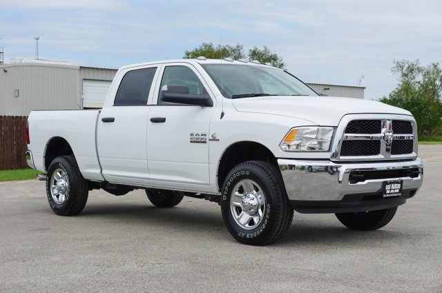 2018 Ram 2500 Crew Cab 4x4 Pickup #C80134 - photo 5
