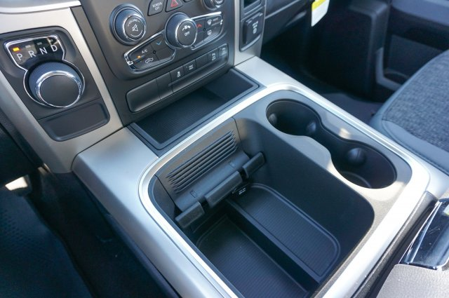 2018 Ram 1500 Crew Cab, Pickup #C80156 - photo 12