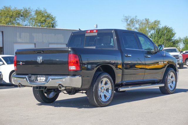 2018 Ram 1500 Crew Cab Pickup #C80186 - photo 4