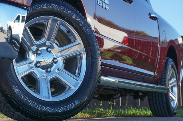 2018 Ram 1500 Crew Cab Pickup #C80187 - photo 3