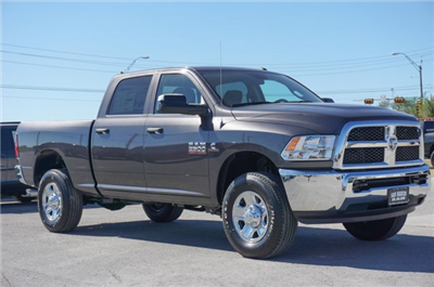2018 Ram 2500 Crew Cab 4x4 Pickup #C80224 - photo 5
