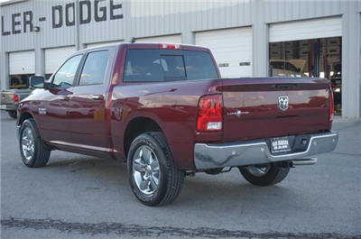 2018 Ram 1500 Crew Cab, Pickup #C80300 - photo 2