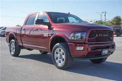 2018 Ram 2500 Crew Cab 4x4 Pickup #C80305 - photo 4