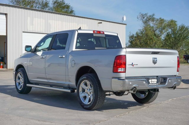 2018 Ram 1500 Crew Cab, Pickup #C80313 - photo 2