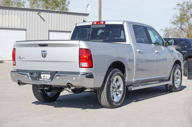 2018 Ram 1500 Crew Cab Pickup #C80332 - photo 4