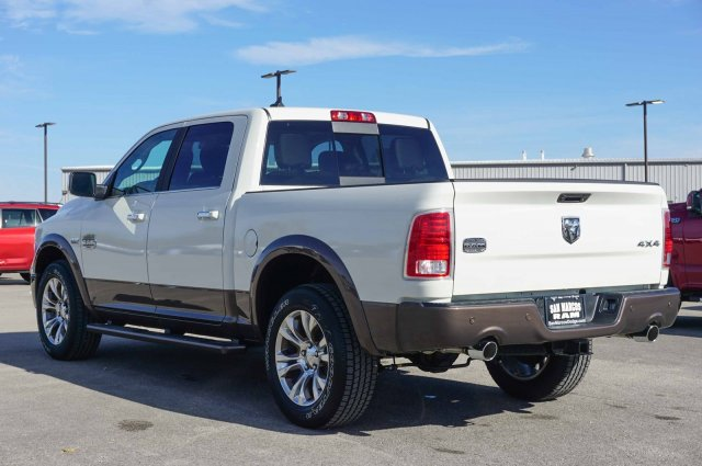 2018 Ram 1500 Crew Cab 4x4 Pickup #C80423 - photo 2