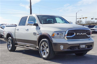 2018 Ram 1500 Crew Cab 4x4 Pickup #C80423 - photo 5