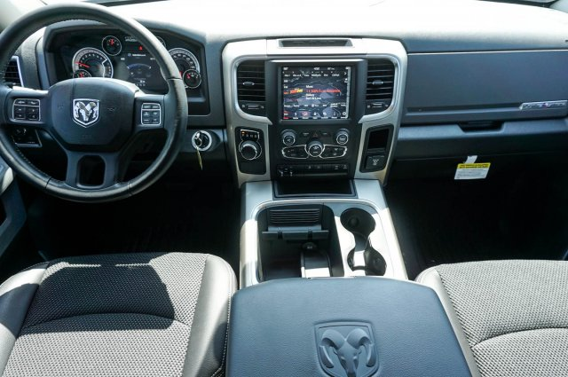 2018 Ram 1500 Crew Cab 4x2,  Pickup #C80525 - photo 17