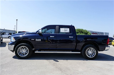 2018 Ram 1500 Crew Cab 4x2,  Pickup #C80525 - photo 4