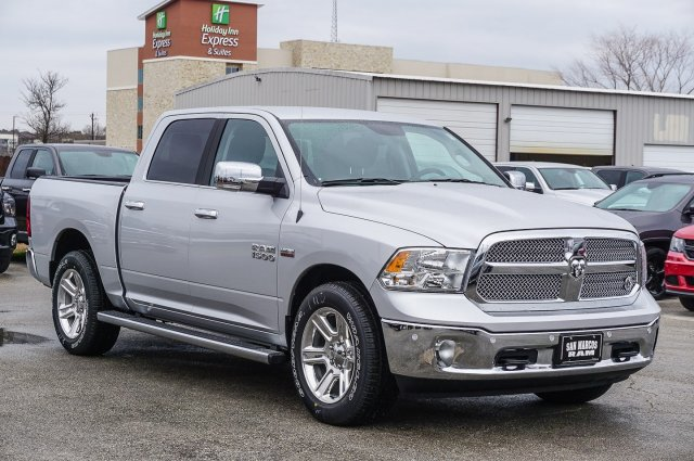 2018 Ram 1500 Crew Cab, Pickup #C80530 - photo 5