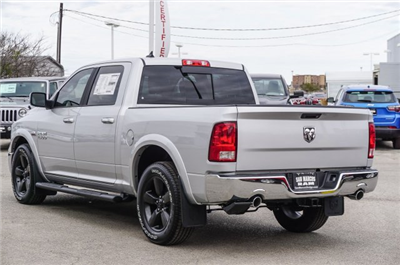 2018 Ram 1500 Crew Cab,  Pickup #C80557 - photo 2