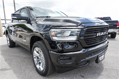 2019 Ram 1500 Crew Cab 4x4,  Pickup #C90028 - photo 6