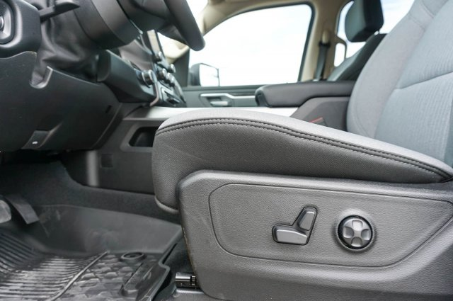 2019 Ram 1500 Crew Cab 4x2,  Pickup #C90034 - photo 14