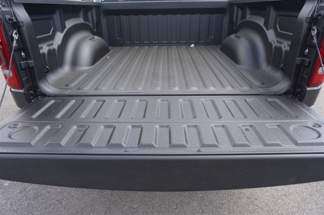 2019 Ram 1500 Crew Cab 4x2,  Pickup #C90080 - photo 20