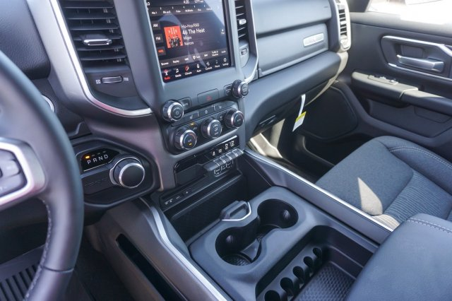 2019 Ram 1500 Crew Cab 4x2,  Pickup #C90183 - photo 14