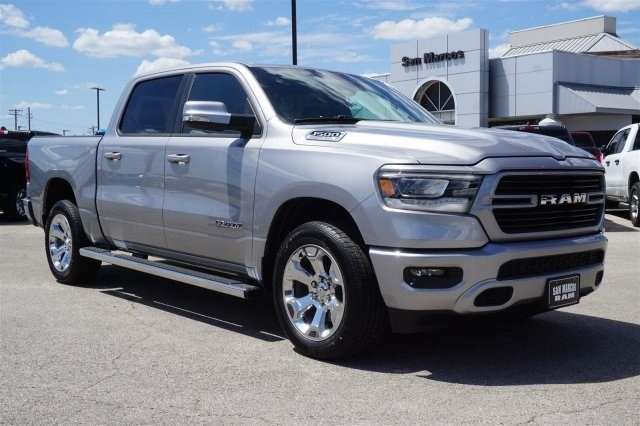 2019 Ram 1500 Crew Cab 4x2,  Pickup #C90187 - photo 4