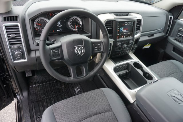 2019 Ram 1500 Crew Cab 4x4,  Pickup #C90237 - photo 9