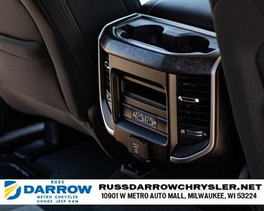 2020 Ram 1500 Crew Cab 4x4, Pickup #R20111 - photo 18