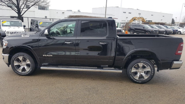 2019 Ram 1500 Crew Cab 4x4, Pickup #19-D8000 - photo 7