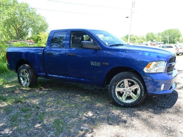 2017 Ram 1500 Quad Cab 4x4, Pickup #R1207 - photo 4