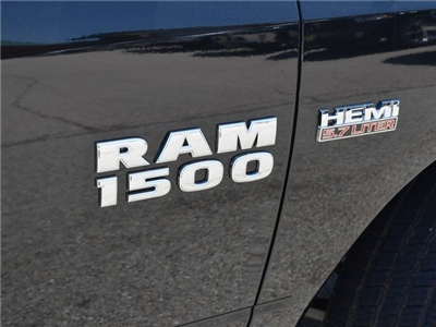 2017 Ram 1500 Crew Cab 4x4, Pickup #R1220 - photo 6