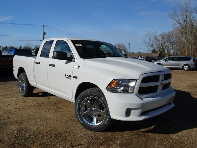 2018 Ram 1500 Quad Cab 4x4,  Pickup #R1325 - photo 5